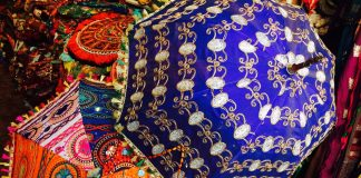 15 Famous Things to Buy in Udaipur