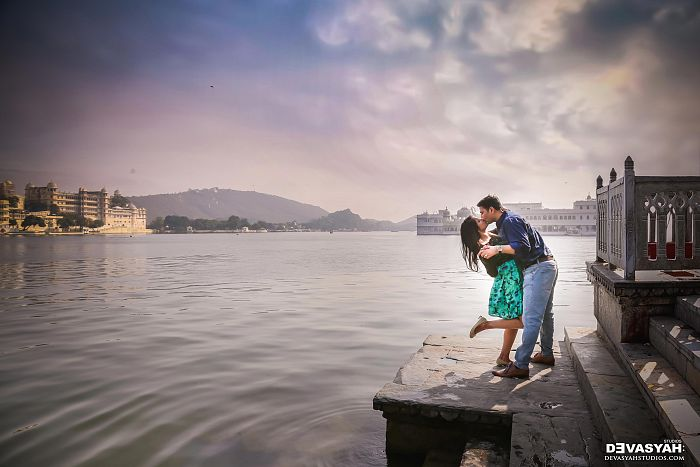 Ambrai Ghat Udaipur (Pre Wedding Shoot)