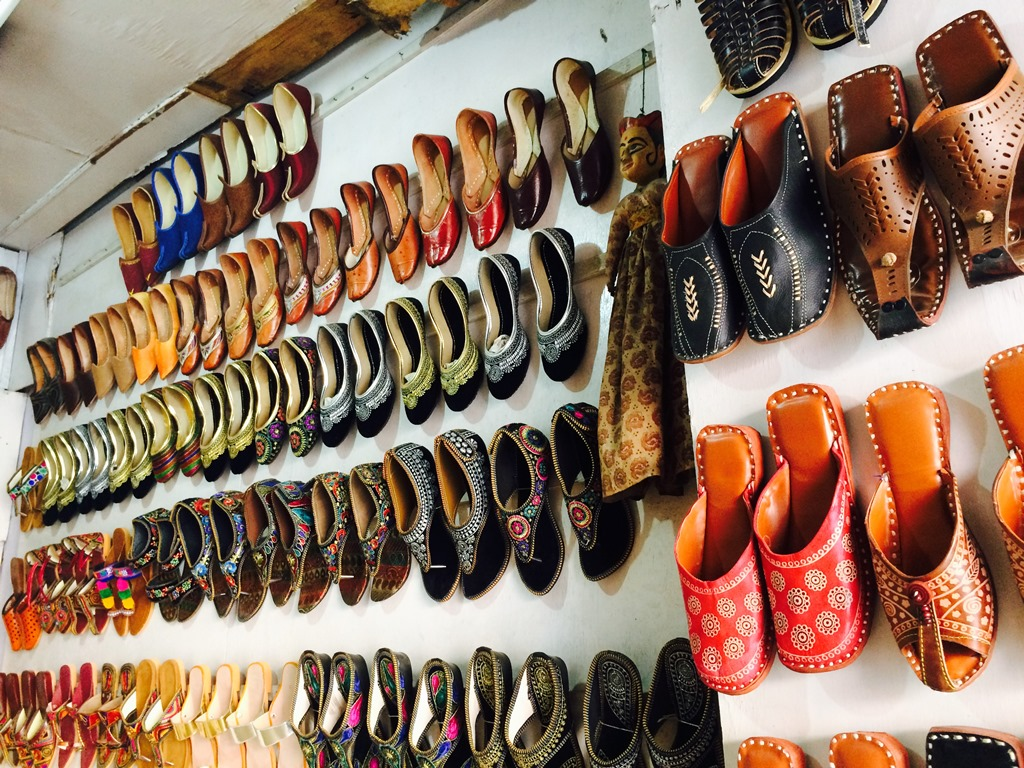 Things to Buy in Udaipur - Mojadis (Footwear)
