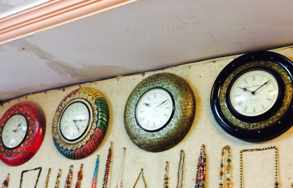 Things to Buy in Udaipur (Wall Clocks)