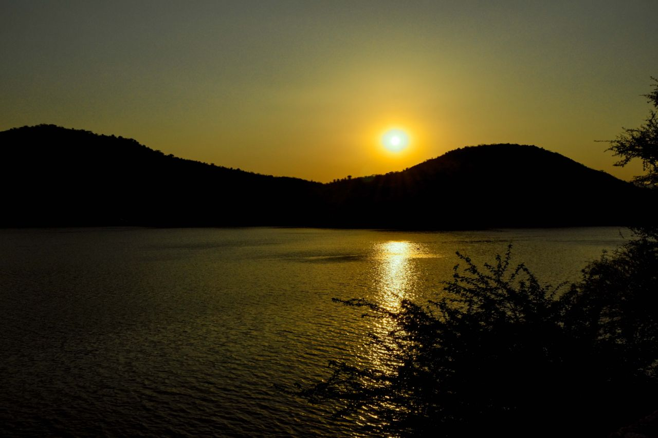 Badi Lake Udaipur Sunset